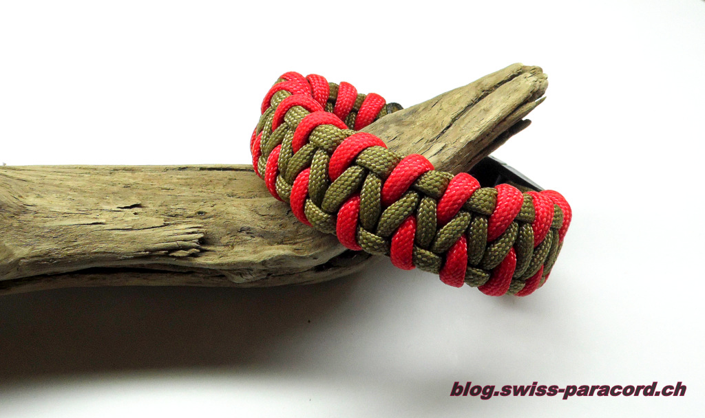 Kobra Armband mit Tunig