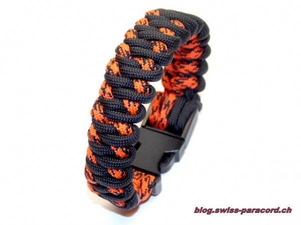 Mountain Road Armband
