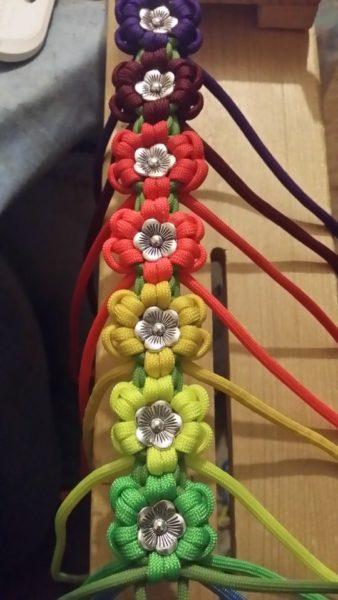 Six Leaf Multiple Colours Aztec Sun Bar