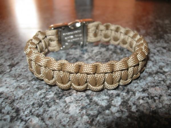 Kobra Armband in Coyote Braun