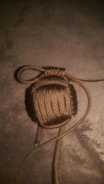 Paracord-Hase